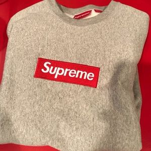 Supreme crewneck FW 15 large 100% authentic